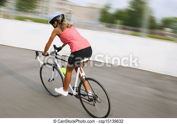 cycliste course femme excercise track oriented v lo. Black Bedroom Furniture Sets. Home Design Ideas