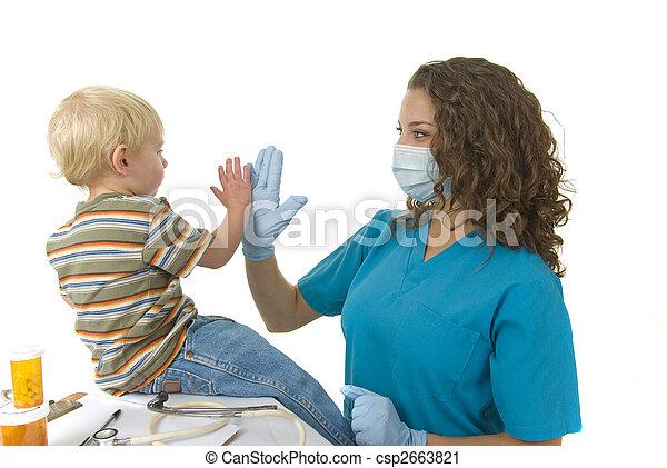 dá, nomeação, após, alto, profissional saúde, cinco, toddler, cuidado - csp2663821