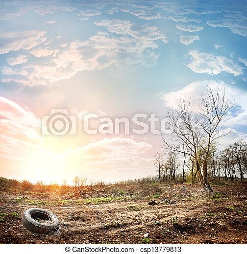 décharge ordures - csp13779813