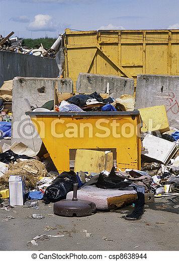 décharge ordures - csp8638944