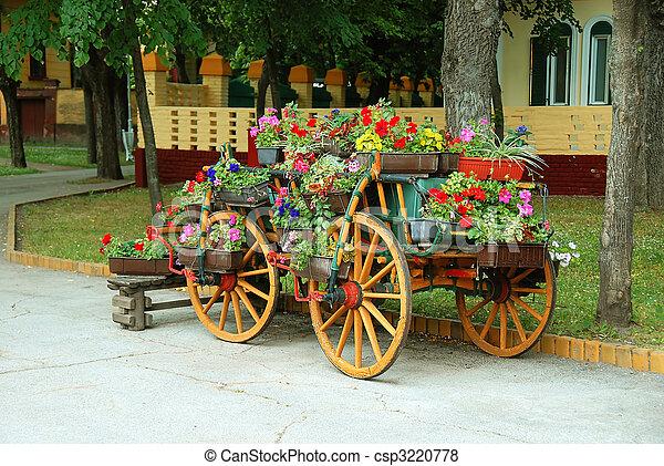 d coratif charrette pots fleurs vieux bois serbie charrette fleurir fleurs. Black Bedroom Furniture Sets. Home Design Ideas