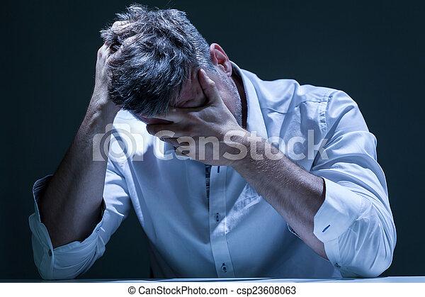 déprimé, portrait, douleur, homme - csp23608063