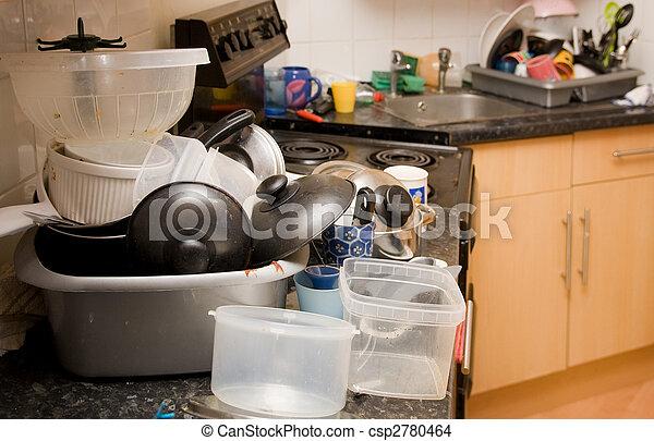 tre tas plats avoir besoin lav d sordre vaisselle sale cuisine. Black Bedroom Furniture Sets. Home Design Ideas