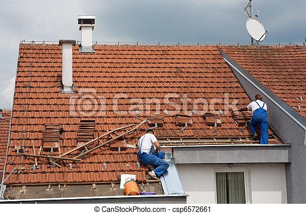 dach, mężczyźni, dwa, pracujący - csp6572661
