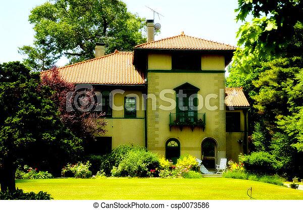 Haus im toskanischen Stil - csp0073586