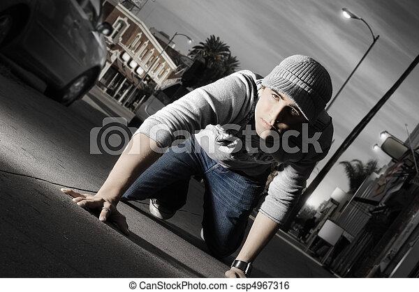 dall'aspetto, ginocchia, buono, suo, uomo - csp4967316