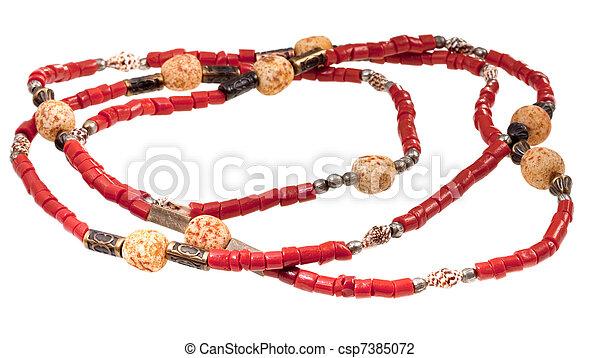 El collar de la dama de coral roja - csp7385072