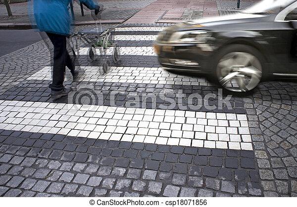 danger at pedestrian crossing - csp18071856