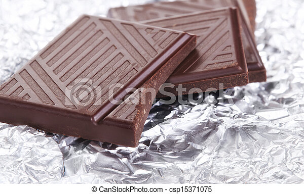 Dark chocolate pieces - csp15371075