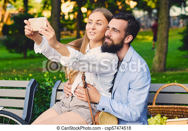 date, selfie, park., couple, faire - csp57474518