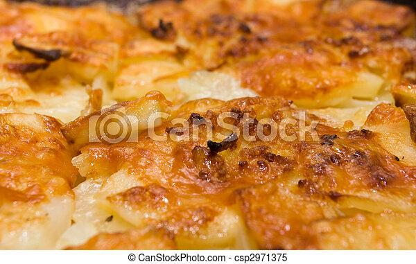 dauphinoise potatoes - csp2971375