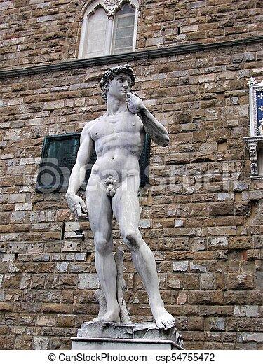 La estatua de David de Miguel Ángel en Florencia - csp54755472