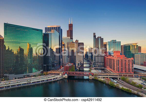 Chicago al amanecer. - csp42911492