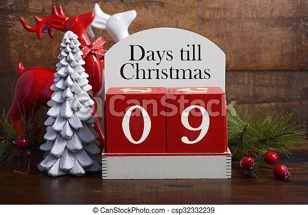 Days till Christmas calendar.  - csp32332239