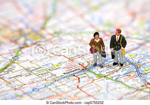 debout, carte, miniature, voyageurs affaires - csp5755232