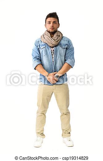 écharpe homme jeune - Idée pour s habiller 82f2f43e609