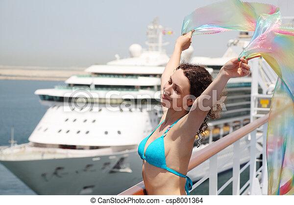 debout, corps, femme, beauté, pont, croisière, jeune, paquebot, bikini, tenue, moitié, pareo - csp8001364