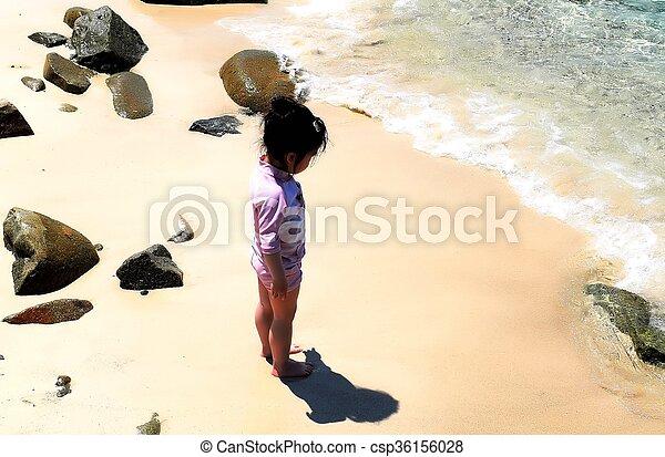 debout, corps, plage., elle, sur, sable, ombre, girl - csp36156028