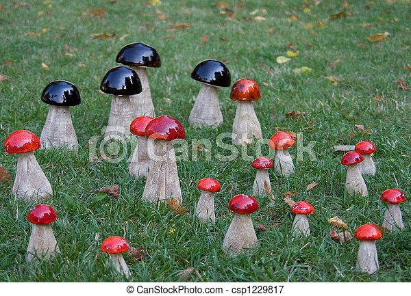 Decoraci n jard n decoraci n grupo jard n de madera for Hongos en el cesped jardin