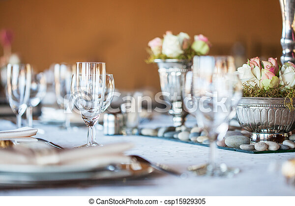 Decorated table with glassware and cutlery - csp15929305
