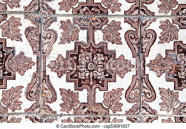 Tiles decorativos típicos, azulejos antiguos Lisboa, arte y decoración - csp53691637