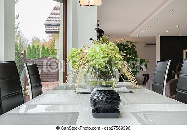 Dekoráció, asztal, modern, konyha. Dekoráció, asztal,... stock ...