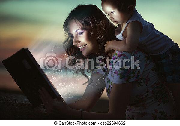 dela, mommy, espantoso, livro, criança, leitura - csp22694662