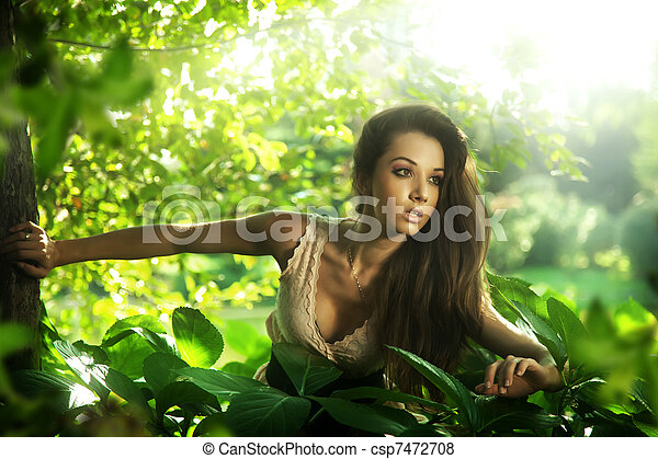 Delicate brunette posing - csp7472708
