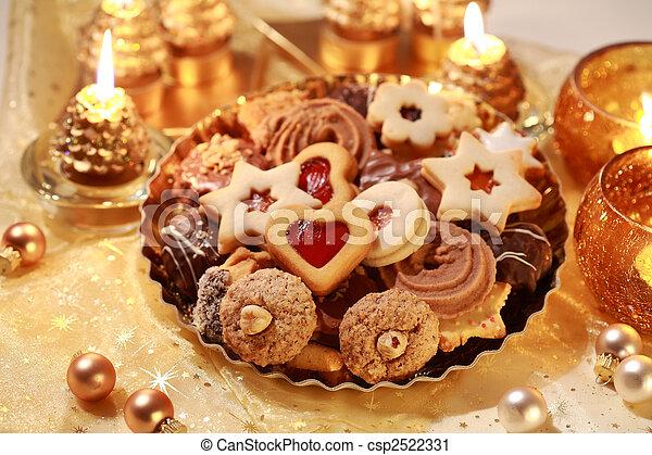 Delicious Christmas cookies - csp2522331