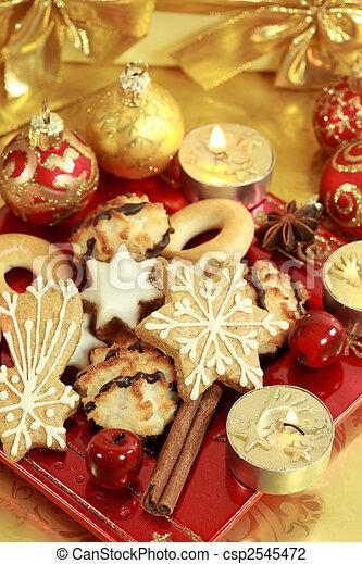 Delicious Christmas cookies - csp2545472