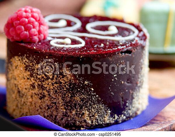 Demi Cake Cupcake - csp0251495