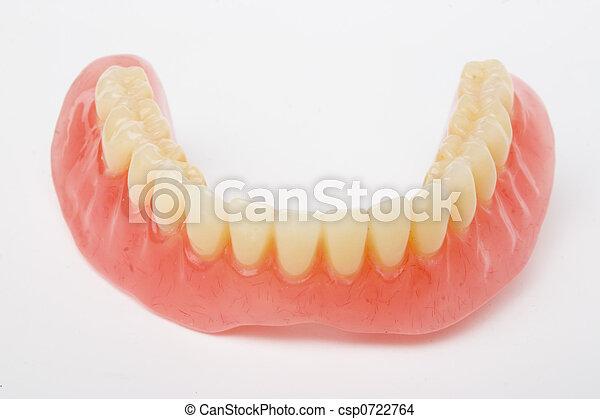 dental prosthesis - csp0722764