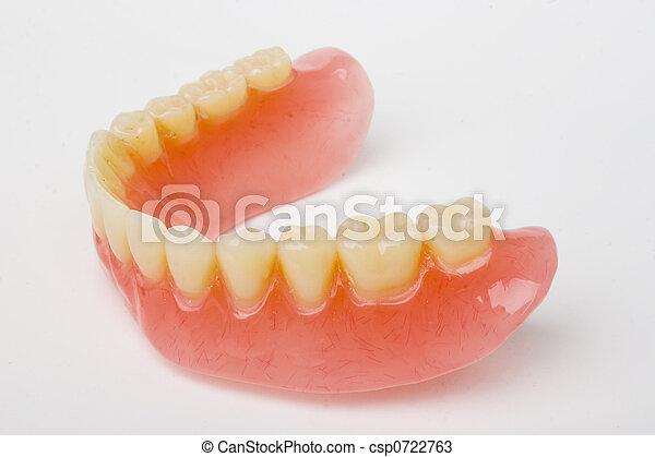 dental prosthesis - csp0722763