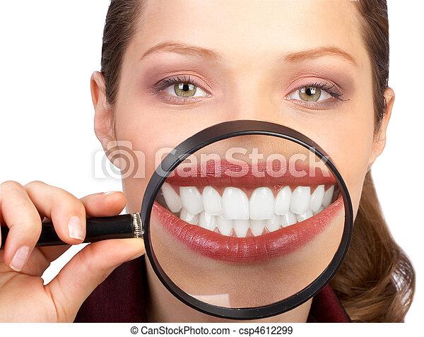 dentes saudáveis - csp4612299