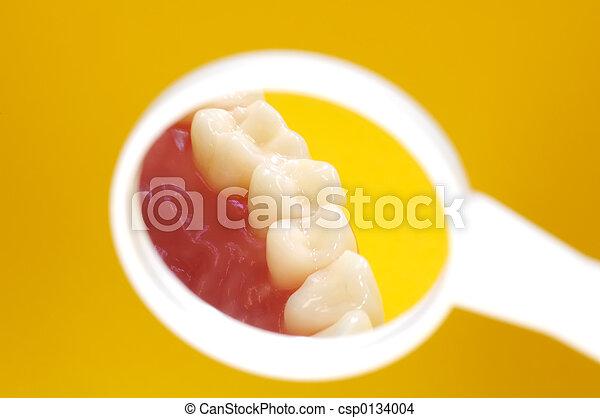 dentista, espejo - csp0134004