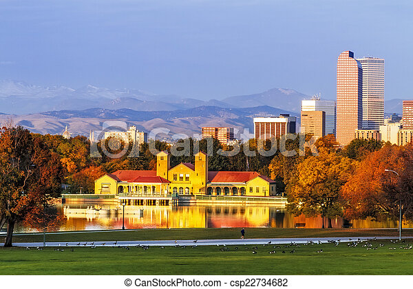 Denver Skyline in Fall from City Park - csp22734682