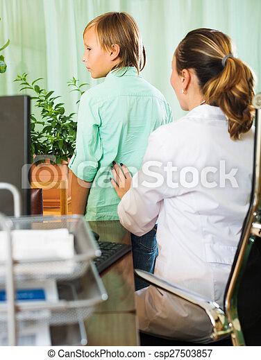 derrière, docteur, patient, adolescent, toucher - csp27503857