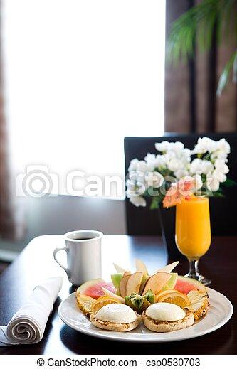 Desayuno a hotel - csp0530703