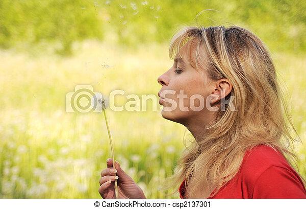 desejo, menina, dandelion, 4, sopros, pensa - csp2137301