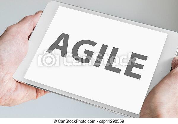 desenvolvimento, touchscreen, conceito, tabuleta, texto, modernos, exibido, metodologia, device., ágil, smartphones., ou, esperto, software - csp41298559