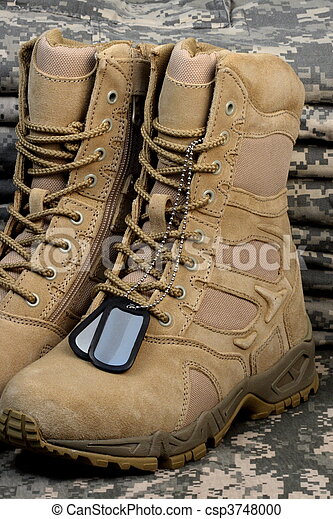 desert tactical boots and military tag chains  - csp3748000