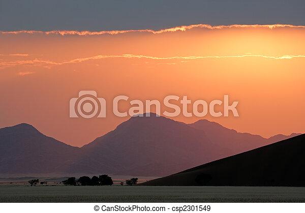 deserto, amanhecer - csp2301549