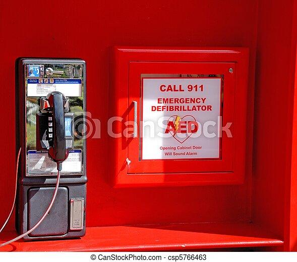 desfibrilador, emergencia - csp5766463