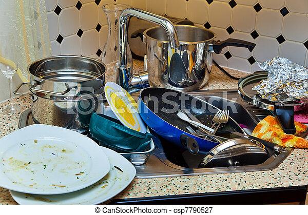 desordenado, cocina - csp7790527