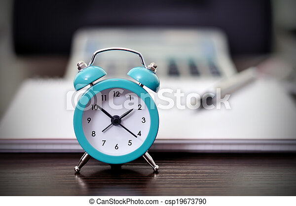Reloj de alarma - csp19673790