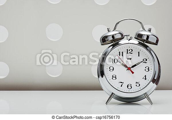 Reloj de alarma - csp16756170