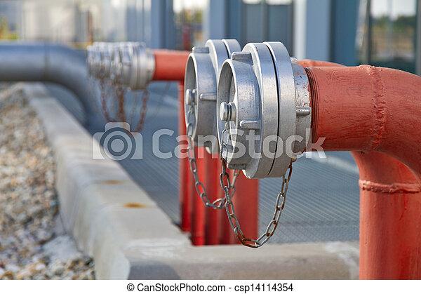 Hidrantes de fuego - csp14114354