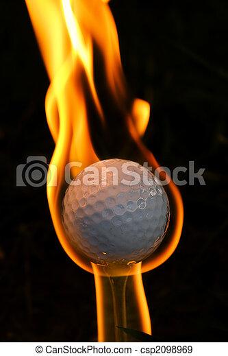 Bola de oro en llamas - csp2098969