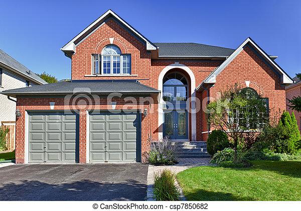 Detached suburban home - csp7850682