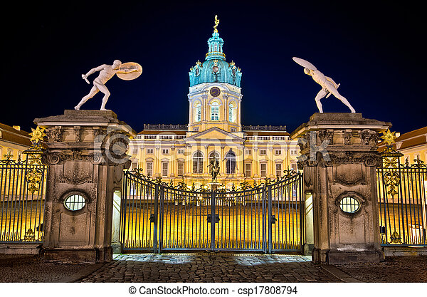 Charlottenburg Palast in Berlin - csp17808794